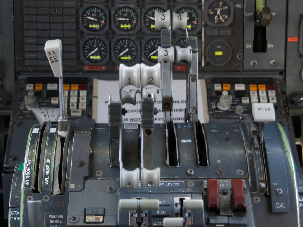 Airplane Throttle Levers : The world s newest photos of cockpit and lever flickr