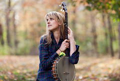 Banjo Girl (dr.snitch) Tags: autumn portrait musician fall beauty hilary banjo hawke canon85mmf12 hilaryhawke