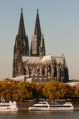 Cologne Cathedral (Josh_Wolf) Tags: canon river germany photo cathedral dom cologne kln rhein klner 40d herowinner