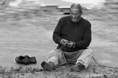 IMG_1529 pescador - fisherman - Seen On Explore 2011-11-02 # 354 (jaro-es) Tags: espaa work canon spain live peoples explore spanien leben idylle menchen spanelsko