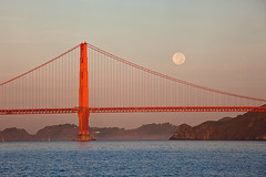 Moon Over Golden Gate (Jeffrey Sullivan) Tags: sanfrancisco california county bridge copyright usa moon seascape jeff nature weather set sunrise canon landscape photography golden bay photo october gate san francisco day cityscape marin full clear national area headlands recreation sullivan 2011 5dmarkii
