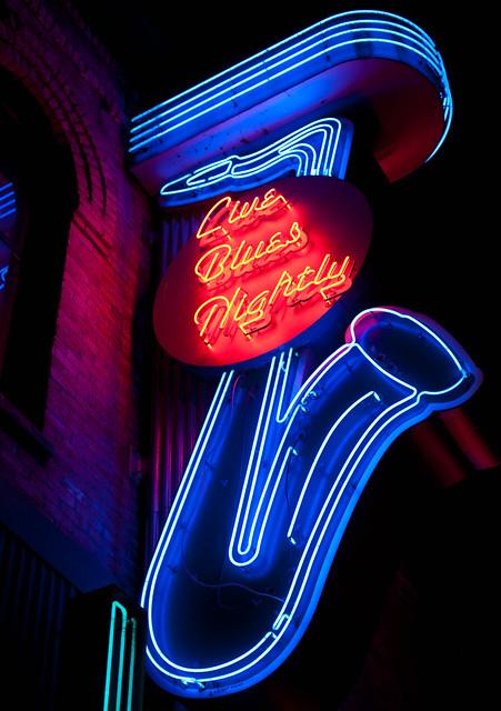 The Yale Hotel neon signage