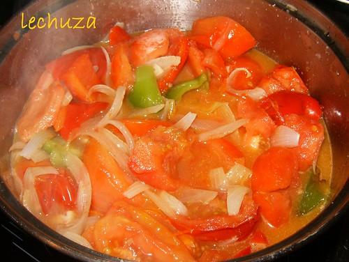 Salsa tomate verduras-cocinar
