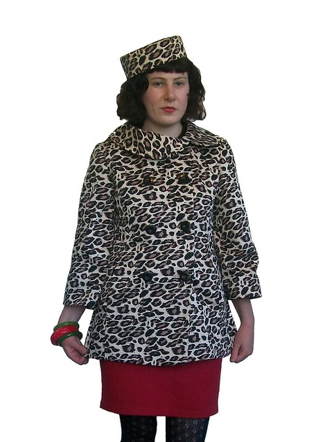 McCalls 5525 leopard print jacket and matching hat