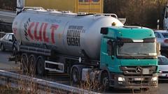 D - Hohoff >Cult< MB Actros 1844 L08 (BonsaiTruck) Tags: silo camion cult trucks mb bulk lorries lkw actros citerne powdertank hohoff