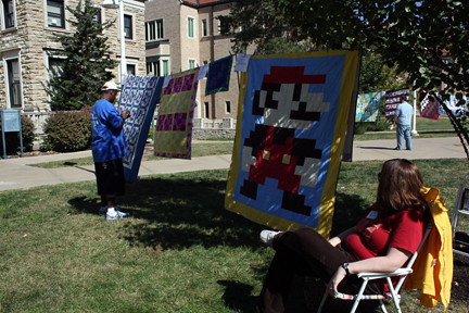 Quilts on the Quad 003