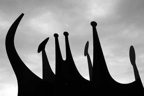 TÊTES ET QUEUE - ALEXANDER CALDER - BERLIN by juanluisgx