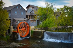 The Old Mill (Bruce Bugbee) Tags: old usa mill waterfall tn pigeon forge