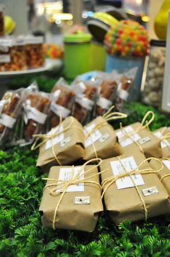 fruit cake packages