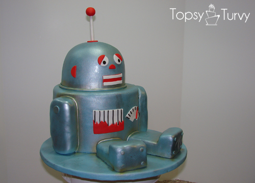 robot-birthday-cake-carved