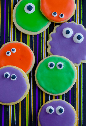 Simple Monster Cookies2