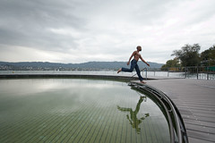 Romu [3.2] (ubiquity_zh) Tags: lake man reflection guy water switzerland zrich zuerich zrichsee romualdo tiefenbrunnen romu lakeofzurich eke0627