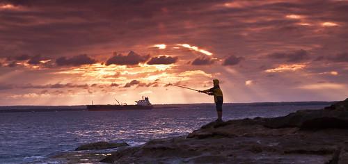 無料写真素材|自然風景|海|朝焼け・夕焼け|ビーチ・海岸|人物海|風景オーストラリア|釣り