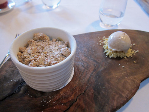 Apple Crumble, Cinnamon Ice Cream