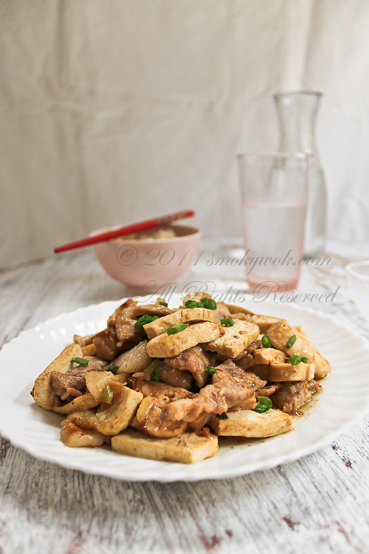 Stir-fried Pork and Tofu Slices in Savoury Bean Sauce