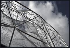 Aviary (albireo 2006) Tags: blue wallpaper sky espaa valencia wow spain nikon mediterranean background steel espana frame aviary oceanografic truss spaceframe oceanogrfic kartpostal comunitatvalenciana totalphoto nikond3100
