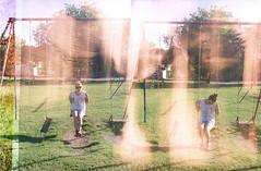 hamacasssssssssss (Ainara let's risk it) Tags: plaza trees light en verde green luz argentina la mas plantas muy rboles peace y buenos aires no que plata una mucha ha fin leak divertidas divertida queda hamacas gonnet revelo
