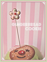 decorated gingerbread cookie pin topper (Pinks & Needles (used to be Gigi & Big Red)) Tags: quilt sewing craft sew pincushion etsy gigiminor pinksandneedles pintoppers pintopper sewingpin