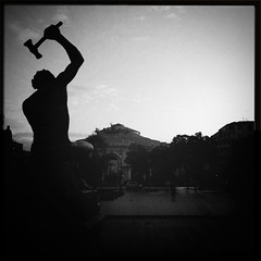 HYPSTAMATIC IPHONE: Palermo Politeama (irek978) Tags: bw bn palermo iphone politeama hipstamatic