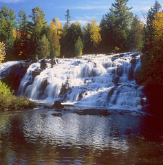 Bond Falls Park ~ Upper Peninsula,MI (Wolverine09J) Tags: nature michigan waterfalls splash flowingwater finegold wateroceanslakesriverscreeks upperpeninsulami naturesprime flickrawardmustaward5 fineplatinum
