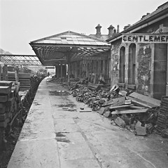 November 22, 1960 (National Library of Ireland on The Commons) Tags: november ireland platform trains demolition railwaystation trainstation clones 1960s thursday railways planks sixties rubble railroads monaghan 22nd 1960 gentlemen sleepers nationallibraryofireland refreshmentroom no1platform jamespodea odeacollection