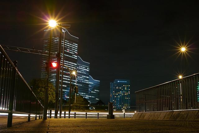 交差点@桜木町駅前