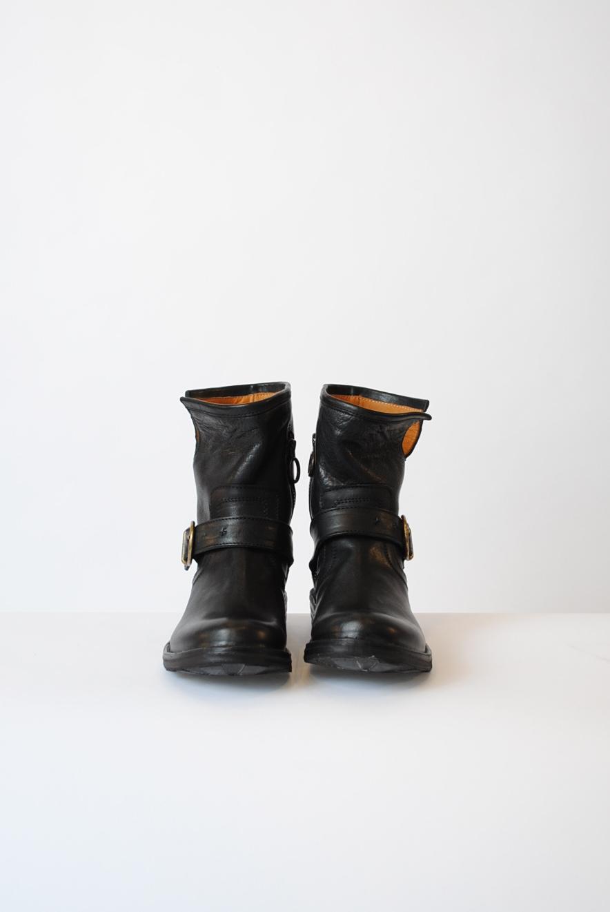"""""""Eli"""" Boot"""