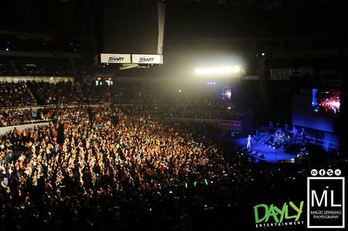 Westlie Live in Manila 01