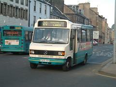 Arriva Scotland 299 - P529 UGA (cms206) Tags: bus mercedes scotland coach 299 arriva clydeside p529uga