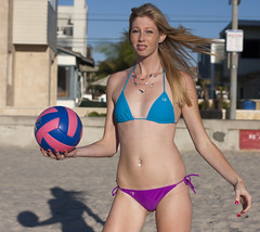 Who wants to play some volleyball? (San Diego Shooter) Tags: girls portrait girl model sandiego beachvolleyball bikini volleyball pacificbeach volleyballgirl sandiegomodel