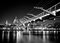 London @ night B&W (Mux35) Tags: street bridge blue sunset england blackandwhite bw orange white black london church water yellow thames night sunrise river lights wasser flickr foto sonnenuntergang shot nightshot nacht picture kirche housesofparliament londoneye bigben millenium structure oxford gb milleniumbridge sw blau stpaulscathedral bild brcke oxfordstreet strom schwarz riesenrad lichter nachtaufnahme metropole themse weis milleniumbridgelondon greatbritan strase flus d80 grosbritannien bestcapturesaoi doubleniceshot tripleniceshot elitegalleryaoi mygearandme dblringexcellence tplringexcellence eltringexcellence