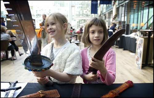 Children exploring Royal Opera House props at a Welcome Performance © ROH / Sim Canetty-Clarke
