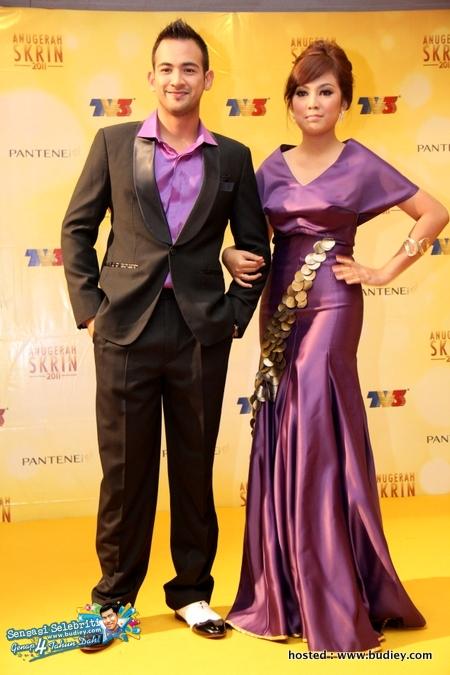 Sharnaaz & Shila Amzah