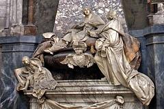Cathédrale Saint-Maurice de Vienne (tm-tm) Tags: france church europe catholic cathedral vienne isère rhônealpes cathédralesaintmauricedevienne osm:way=116991409