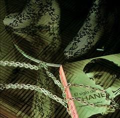 Chanel por los suelos (Seigar) Tags: reflejo piernas medias legs women woman reflection chanel libro book escaparate storefront tienda shop theblueheartbeat glamour fashion modern trend tendency españa spain europe europa canarias isla island tenerife experience travel trip journey viaje viajar viajero theblueheart blueheart me myself emotion feeling sensation senses canaryislands islascanarias blueworld mundo world vision visión sense sentidos sensaciones sensación blue visiones different diferente feel feelings sentimientos seigar pop popular tenerifesecreto secretotenerife hiddentenerife escondidotenerife islas islacanaria