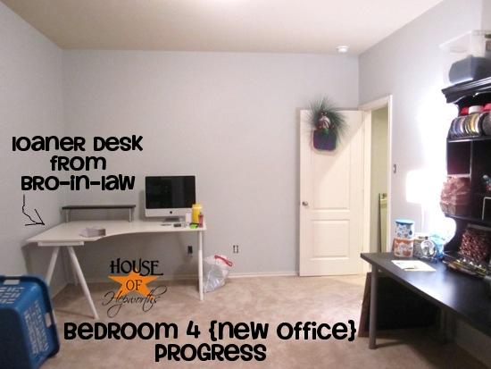 guest_office_flip_hoh_31