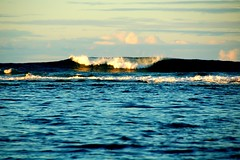 Upslope Conditions (Pedestrian Photographer) Tags: ocean beach hawaii surf waves pacific wave september kauai hi sept haena 2011