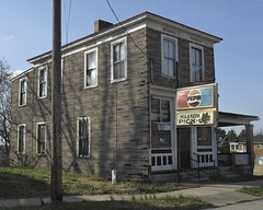 THE HOLBROOK STREET PICK-UP JOINT HAS LOST ITS LUSTER (NC Cigany) Tags: abandoned sign virginia weeds sad pickup neighborhood danville va pepsi decrepit iconic dilapidated rundown 0248 holbrookst