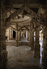 Mt. Abu (Chris Protopapas) Tags: sculpture india architecture temple pentax decoration marble jain rajasthan mtabu dilwara smcpa28mmf28 pentaxart visipix