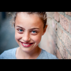 Rosalie's smile (Michael Echteld) Tags: portrait people netherlands michael leiden bokeh neighbors neighbor buren rosalie everts minolta50mmf17 keldermans echteld naturalbeautyportraiture sonya700 sonyalpha700