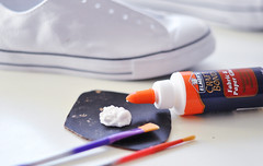 Glitter Sneaker DIY - 1