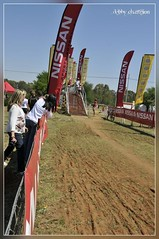 _CHA2218_hf (Debby Champion) Tags: bike nissan helmet competition racing cycle mtb mtn series parys cratercruise