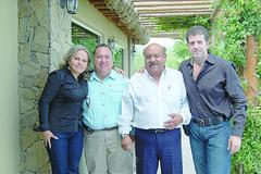 DSC_4766 Martha Isabel Alvarado, Miguel Angel Isidro, Angel Virgen Alvarado y Heriberto Deándar.