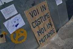 indignati20 (redazionearticolo10) Tags: milano proteste giovani piazzaduomo globalizzazione indignati 15ottobre2011