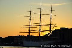 Bateau trois mats - Duchesse Anne Dunkerque - coucher de soleil sur le port ! Boat three matt - Duchess Anne Dunkerque - sunset on the port(bearing)!