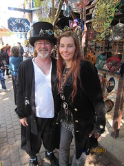 IMG_1112 (Angela Pix) Tags: cosplay trf fantasy renfaire cyberpunk steampunk slipstream texasrenaissancefestival sciencefantasy anachronistictechnology dieselpunk texasrenfaire clockpunk steampunkcostume victoriansteampunk neovictorianism