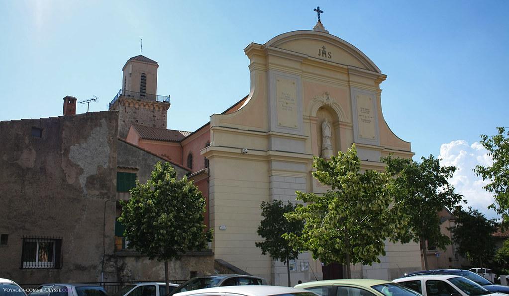 Eglise Saint-Michel de Fuveau, la troisième du nom, fut construite pour faire face à l'augmentation de la population, attirée par le développent industriel de la région.