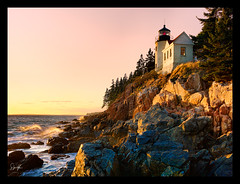 NewEngland_3558 Bass Harbor Lighthouse Maine (susannekremer) Tags: travel pink sunset usa lighthouse landscape maine hasselblad lighhouse pinksunset bassharbor softsunset magicalsunset susannekremer blinkagain