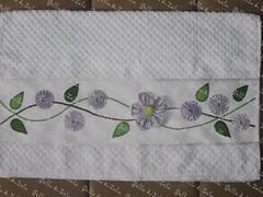 Toalha Lavabo (Golla & Zolla) Tags: fuxico toalha patchwork lavabo toalhinha enxoval patchcolagem toalhademão patchaplique