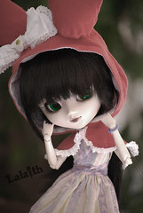 Hisui Red Hood (_Lalaith_) Tags: pink black green monochrome hat outfit doll dress foil chips sanrio melody lilac wig pullip blanche coolcat lalaith genbu rewigged hisui rechipped
